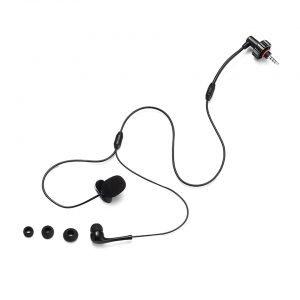 BbTALKIN microphone and earpod. B09